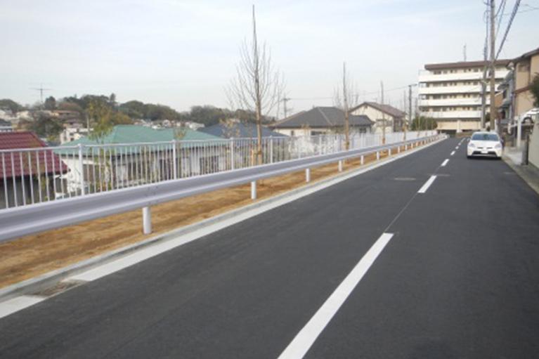 金沢区富岡西七丁目地内道路整備工事